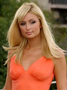 Gratuitous Paris Hilton photo